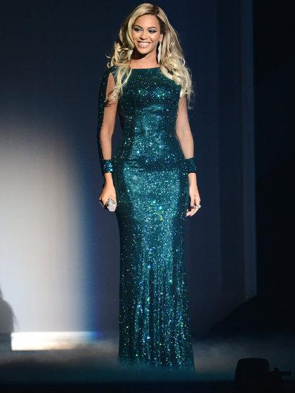 Beyonce-Vrettos Vrettakos  Beyonce wears Vrettos Vrettakos - Brit Awards 2014 Beyonce Vrettos Vrettakos