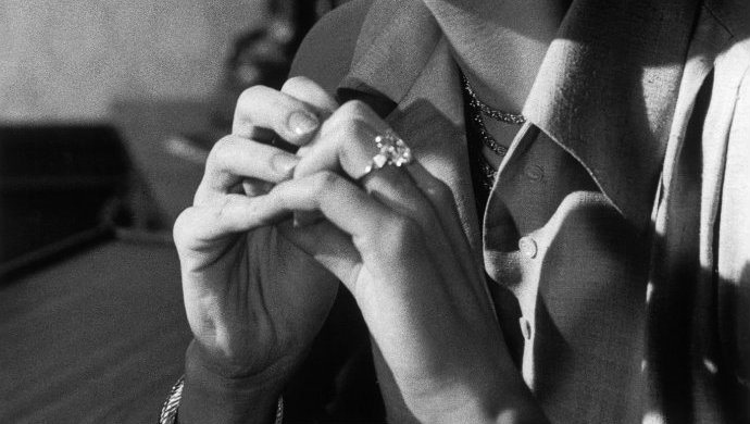 Grace-Kelly-engagement-ring  10 Of The Most Expensive Celebrity Engagement Rings Grace Kelly engagement ring1