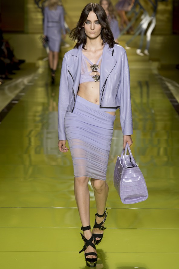 Versace  Everything you need to know about the London Fashion Week Versace