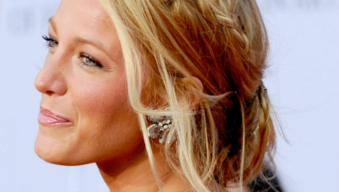 Blake Lively, Hairstyle, fashion, fashion trends,  TOP 5 Hair Ideas for 2014 messy braided2  Newsletter messy braided2