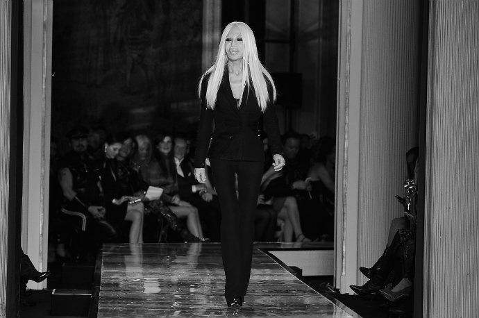 Donatella-Versace-fashion-designer  Donatella Versace Donatella Versace