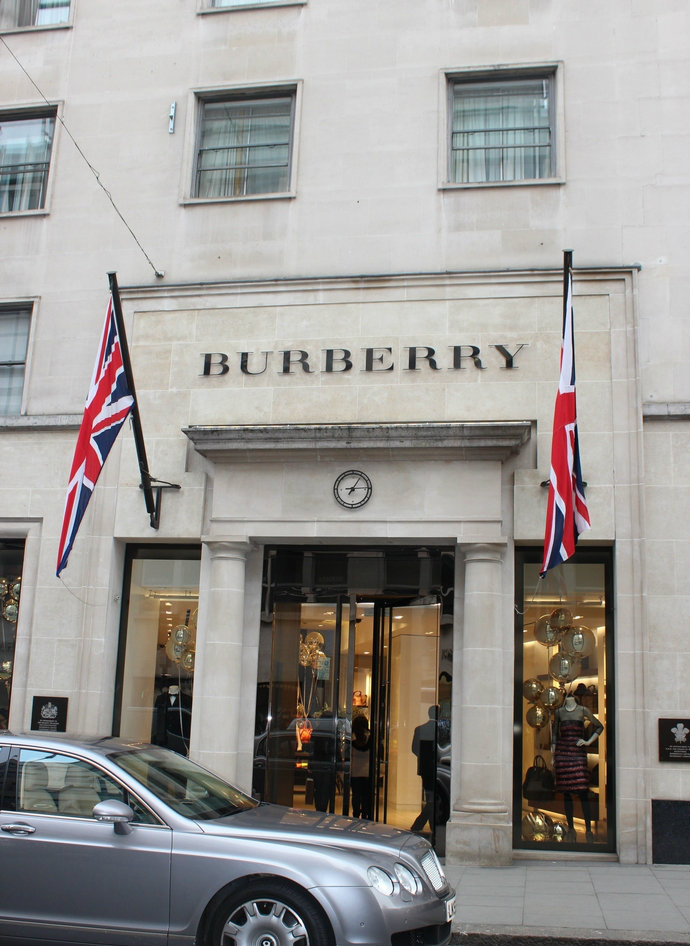 Bond-Street-top-shopping-streets-in-the-world-fashion-design-weeks