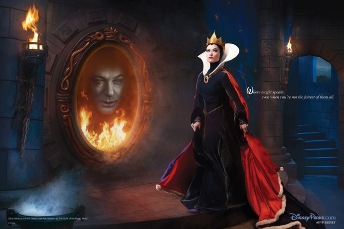 Olivia-Wilde-and-Alec-Baldwin-as-the-Evil-Queen-and-Magic-Mirror -Disney-Characters-Fashion-Design-Weeks