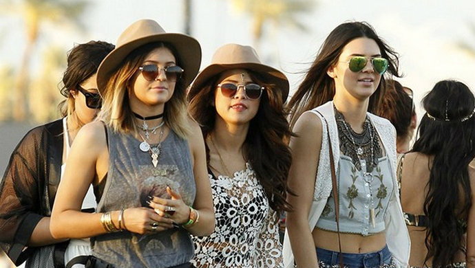 kendall-kylie-selena-Coachella-Festival-Fashion-Design-Weeks  Best Celebrity Fashion at Coachella Music Festival 2014 kendall kylie selena Coachella Festival Fashion Design Weeks1