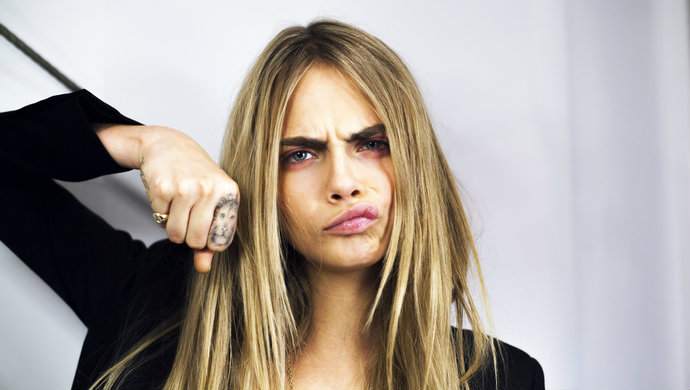 Cara-Delevingne-Model-Ink-Fashion-Design-Weeks 2  Famous Inked Model Cara Delevingne Model Ink Fashion Design Weeks 21