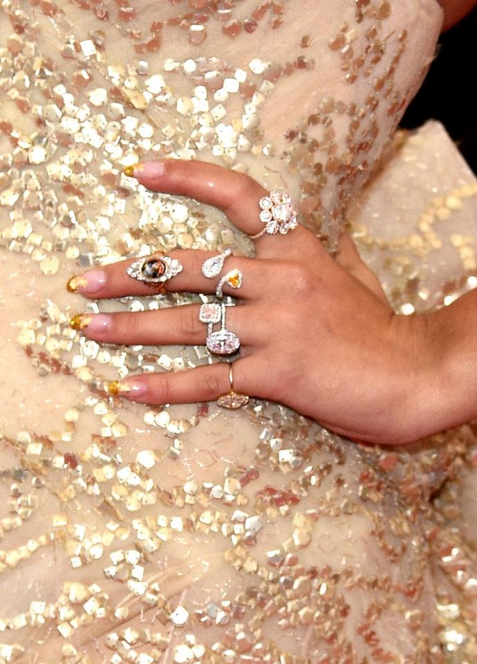 Rita-Ora-The-Met-Gala-2014-Top-Celebrities-Accessories  The Met Gala 2014: Top Celebrities Accessories Rita Ora The Met Gala 2014 Top Celebrities Accessories