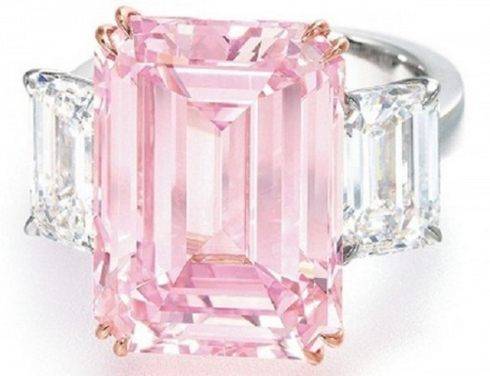 Top-10-most-expensive-jewelry-in-the-world- The-Perfect-Pink-Fashion-Design-Weeks