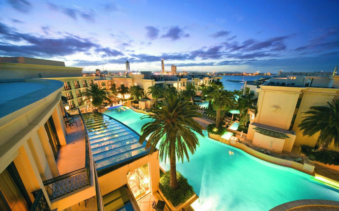 Haute couture hotels the best fashion hotels part ii for Design hotel australia