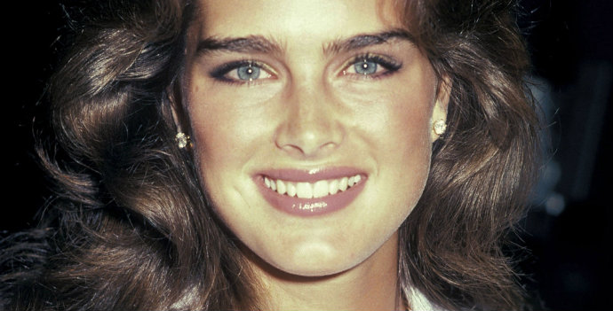 Thea-most-10-Iconic-Celebrity-Eyebrows-Brooke-Shields--Fashion-Design-Weeks  The most 10 Iconic Celebrity Eyebrows hbz eyebrows 00 Brooke Sheilds