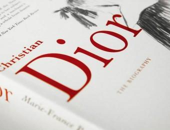 Top Fashion Designers Books