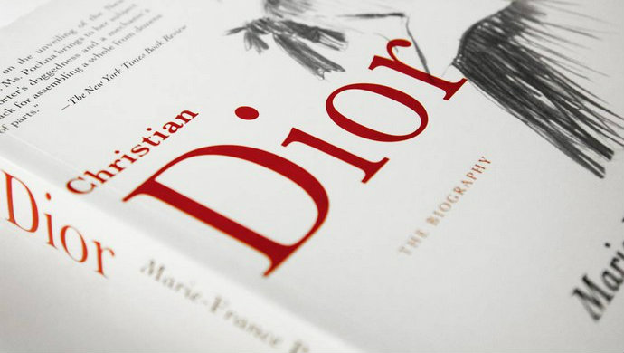 Top-Fashion-Designers-Books-Christian-Dior-The-Biography  Top Fashion Designers Books Top Fashion Designers Books Christian Dior The Biography1