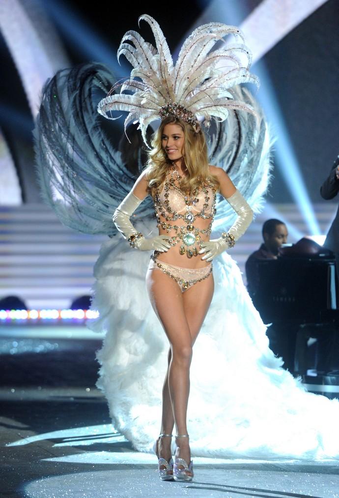 Victoria-Secret-Angels-and-Models-Reveal-Doutzen-Kroes  Victoria's Secret Models Reveal Victoria Secret Angels and Models Reveal Doutzen Kroes