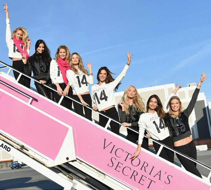 Fashion-Design-Weeks-Victoria-Secret-Special-Flight-to-London  Victoria's Secret Special Flight to London Fashion Design Weeks Victoria Secret Special Flight to London 5
