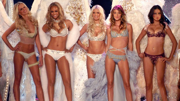 Victoria's Secret Fashion Show Throught the Years, Adriana Lima catwalk, Alessandra Ambrosio catwalk, Celebrity gossip, Fantasy Bra 2014, Fashion Show 2014, Victoria's Secret Models, Victorias Secret Fashion Show 2014