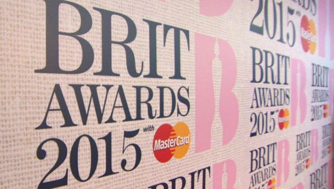 Fashion-Design-Weeks-Brit-Awards-2015-Red-Carpet