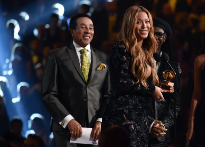 Fashion-Design-Weeks-Best-Moments-of-The-2015-Grammy-Awards-Beynce