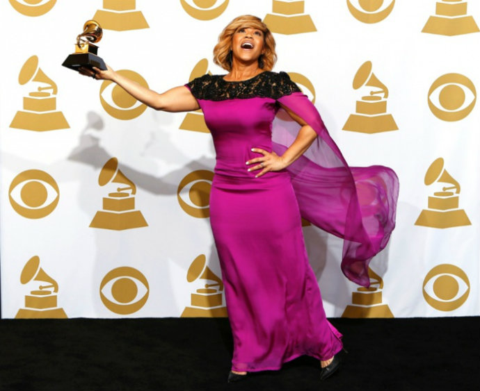 Fashion-Design-Weeks-Best-Moments-of-The-2015-Grammy-Awards-Erica-Campbell