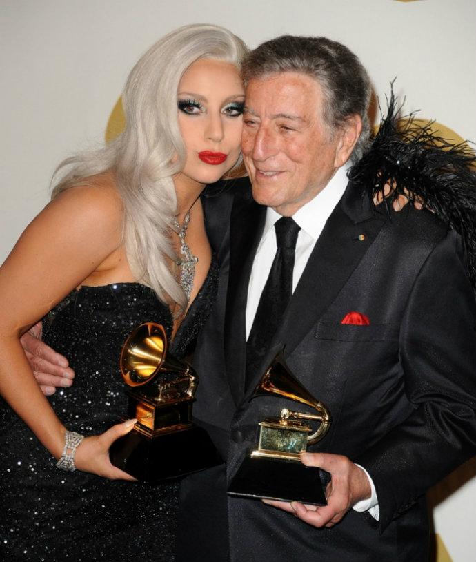 Fashion-Design-Weeks-Best-Moments-of-The-2015-Grammy-Awards-Lady-Gaga