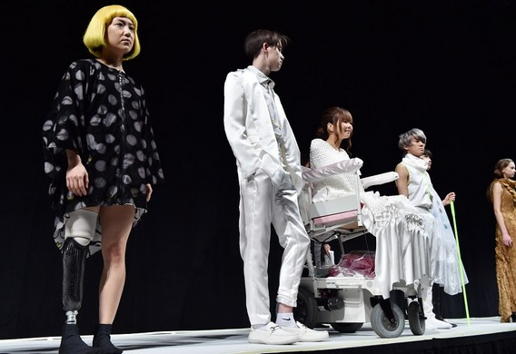 Wellchair and brilled-inspired designs at Tokyo Fashion Week Wellchair and brilled inspired designs at Tokyo Fashion Week 1