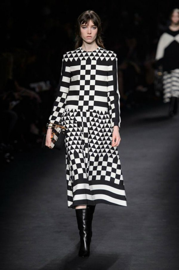 fashiondesignweeks-Haute Couture by Valentino- 2015  Haute Couture by Valentino  fashiondesignweeks Haute Couture by Valentino 2015