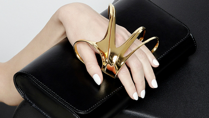 zaha hadid Discover A Unique Glove Clutch Designed By Perrin Paris & Zaha Hadid feat 9