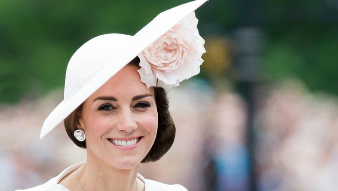 duchess of cambridge Be Amazed By The Precious Jewels From The Duchess of Cambridge feat 2