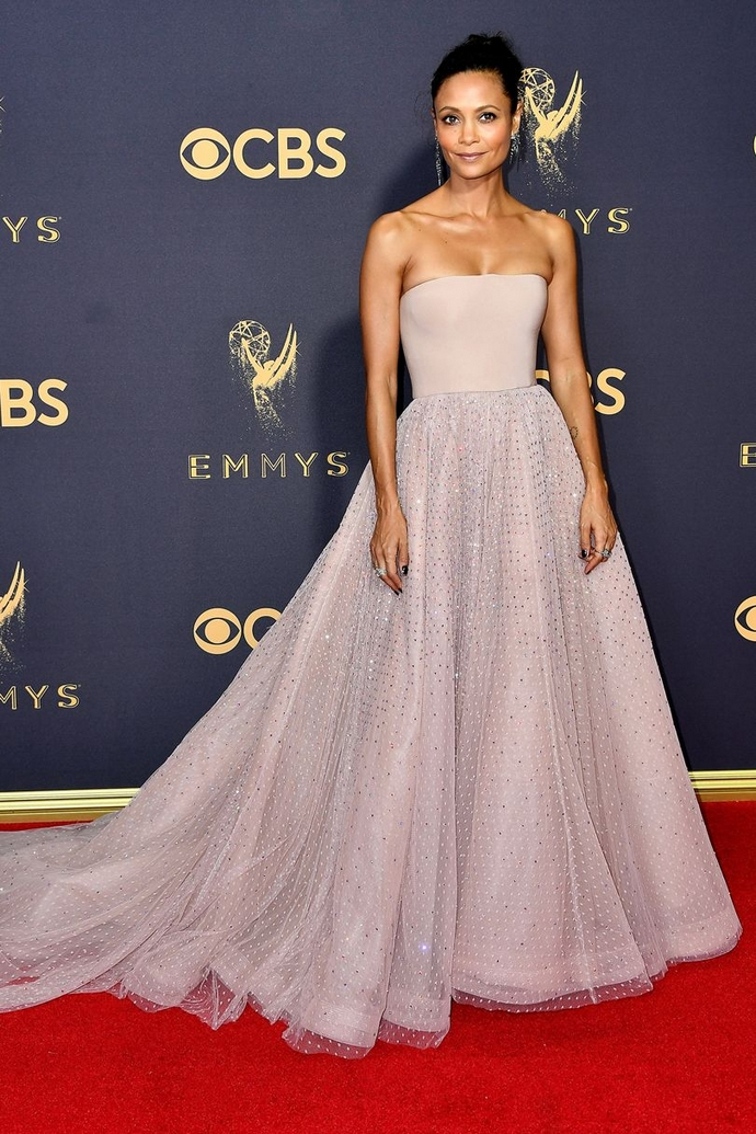 Be Inspired By The Best Looks From The Primetime Emmy Awards 2017 ➤ To see more news about fashion visit us at www.fashiondesignweeks.com #fashiontrends #fashiontips #celebritystyle #elisabethmoments #fashiondesigners @fashiondesignweeks @elisabethmoments primetime emmy awards 2017 Be Inspired By The Best Looks From The Primetime Emmy Awards 2017 Be Inspired By The Best Looks From The Emmy Awards 2017 10