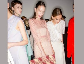 5 Fashion Tips By Victoria Beckham For Spring Summer 2018