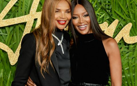 Naomi Campbell Naomi Campbell and her Mother Star in Burberry Holiday Campaign 120517 naomi campbell valerie morris 480x300