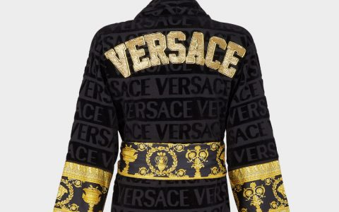 Christmas Gifts Ideas Christmas Gifts Ideas – Spoil Her with Versace's Picks This Holiday 90 ZACJ00010 ZCOSP052 Z4800 20 EmbroideredLogoBaroqueBathrobe Bathrobes versace online store 2 3 480x300