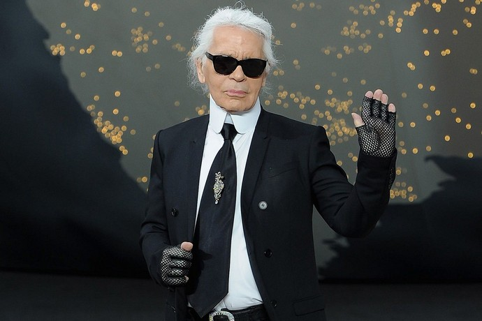 Karl Lagerfeld and Chanel Will Feature on a Fashion Netflix Show Karl Lagerfeld Karl Lagerfeld and Chanel Will Feature on a Fashion Netflix Show Karl Lagerfeld and Chanel Will Feature on a Fashion Netflix Show 4
