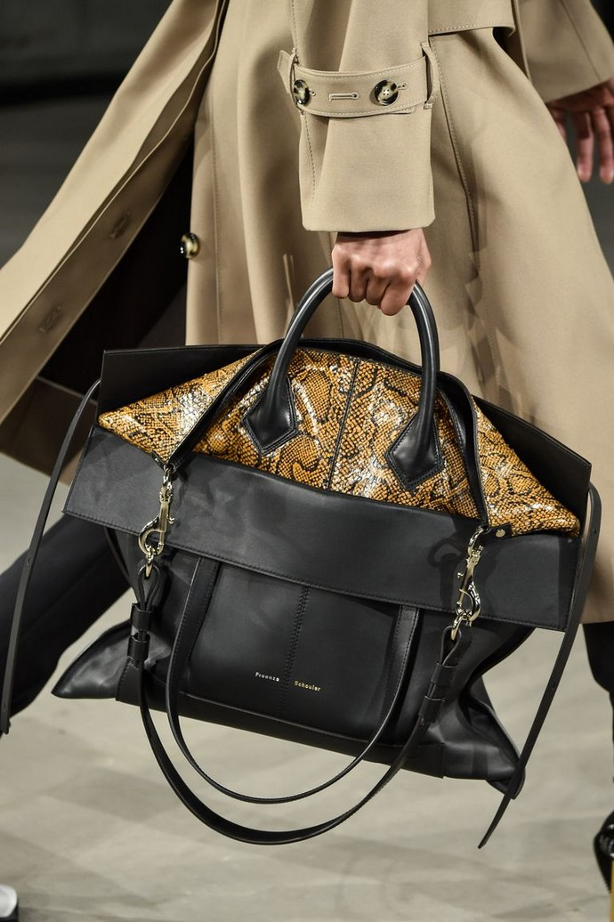 Fall 2019 Trends - 7 Bag Trends You Don't Want to Miss fall 2019 trends Fall 2019 Trends – 7 Bag Trends You Don't Want to Miss Fall 2019 Trends 7 Bag Trends You Dont Want to Miss 3