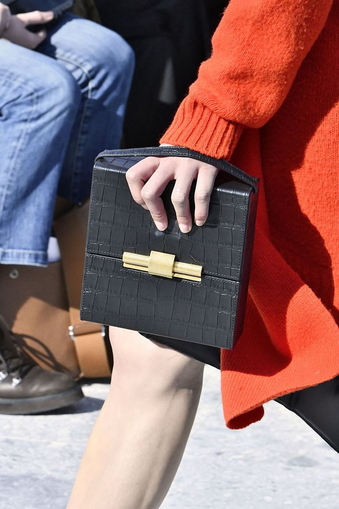 Fall 2019 Trends - 7 Bag Trends You Don't Want to Miss fall 2019 trends Fall 2019 Trends – 7 Bag Trends You Don't Want to Miss Fall 2019 Trends 7 Bag Trends You Dont Want to Miss 6