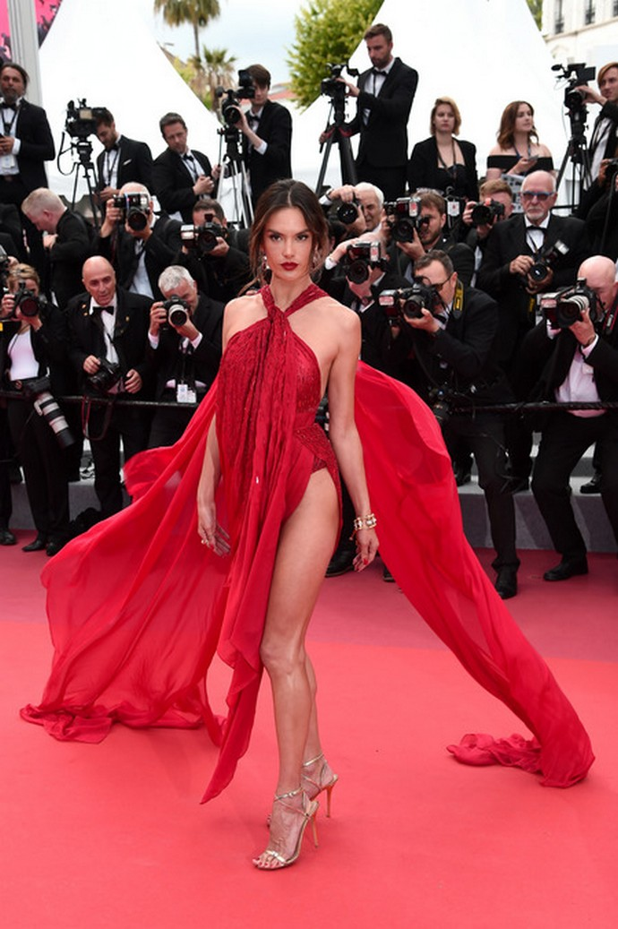 cannes film festival 2019 Cannes Film Festival 2019 -Here's Some of the Best Looks so Far Cannes Film Festival 2019 Heres Some of the Best Looks so Far 6