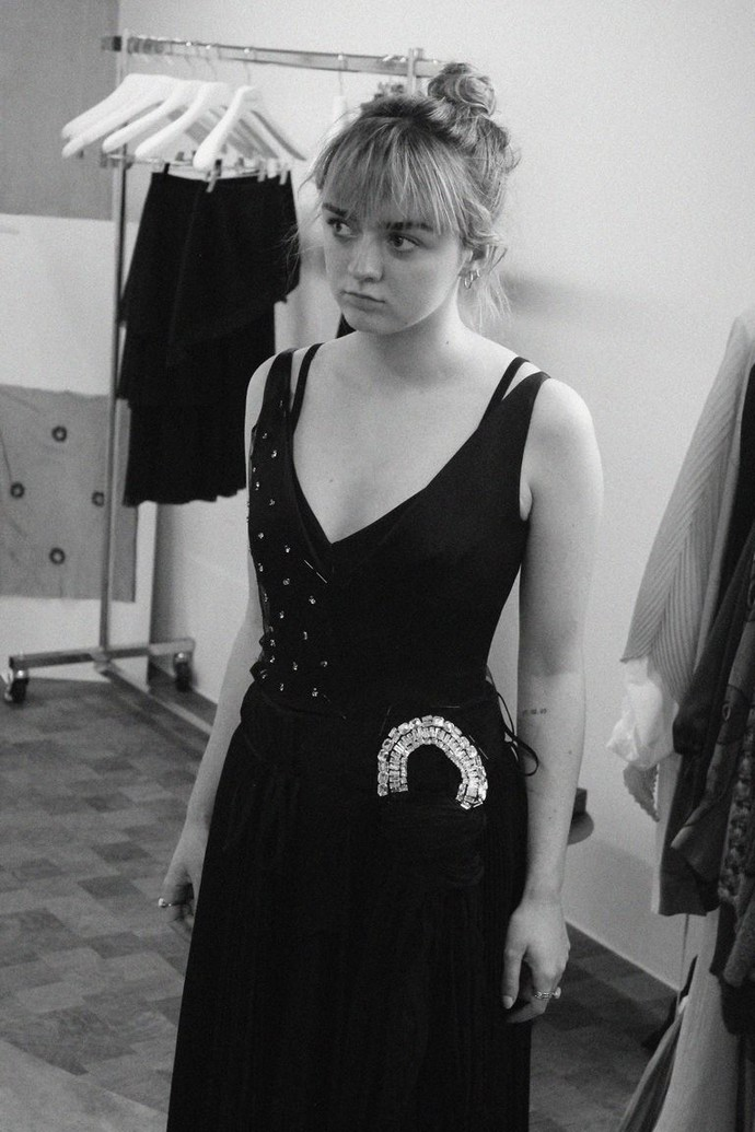 Maisie Williams's Emmys Dress – The Making Off Maisie Williamss Emmys Dress The Making Off 3